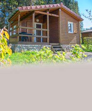 <p><strong>Le camping de la<br /> Croix de Garry</strong><br /> a le plaisir de vous accueillir à nouveau<br /> depuis le 2 juin.</p>
