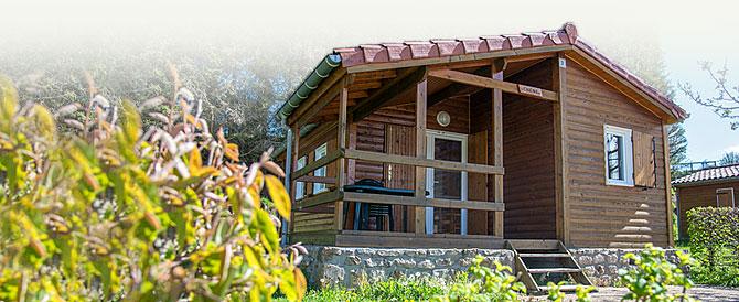 location de chalets en bois dans le Pilat