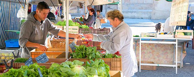 marché de Saint-Genest-Malifaux