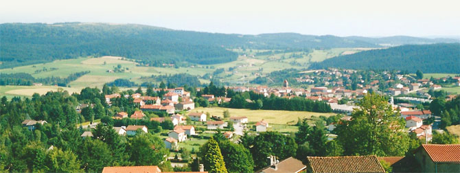 panorama sur le village de St-Genest