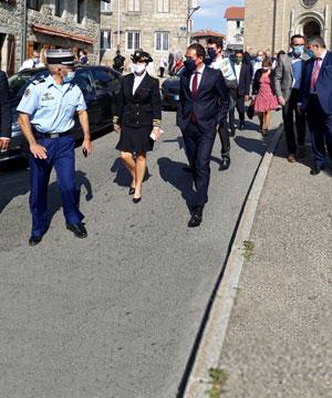 <p>Visite du<br /> <strong>secrétaire d'État chargé<br /> du numérique</strong><br /> à Saint-Genest !</p>